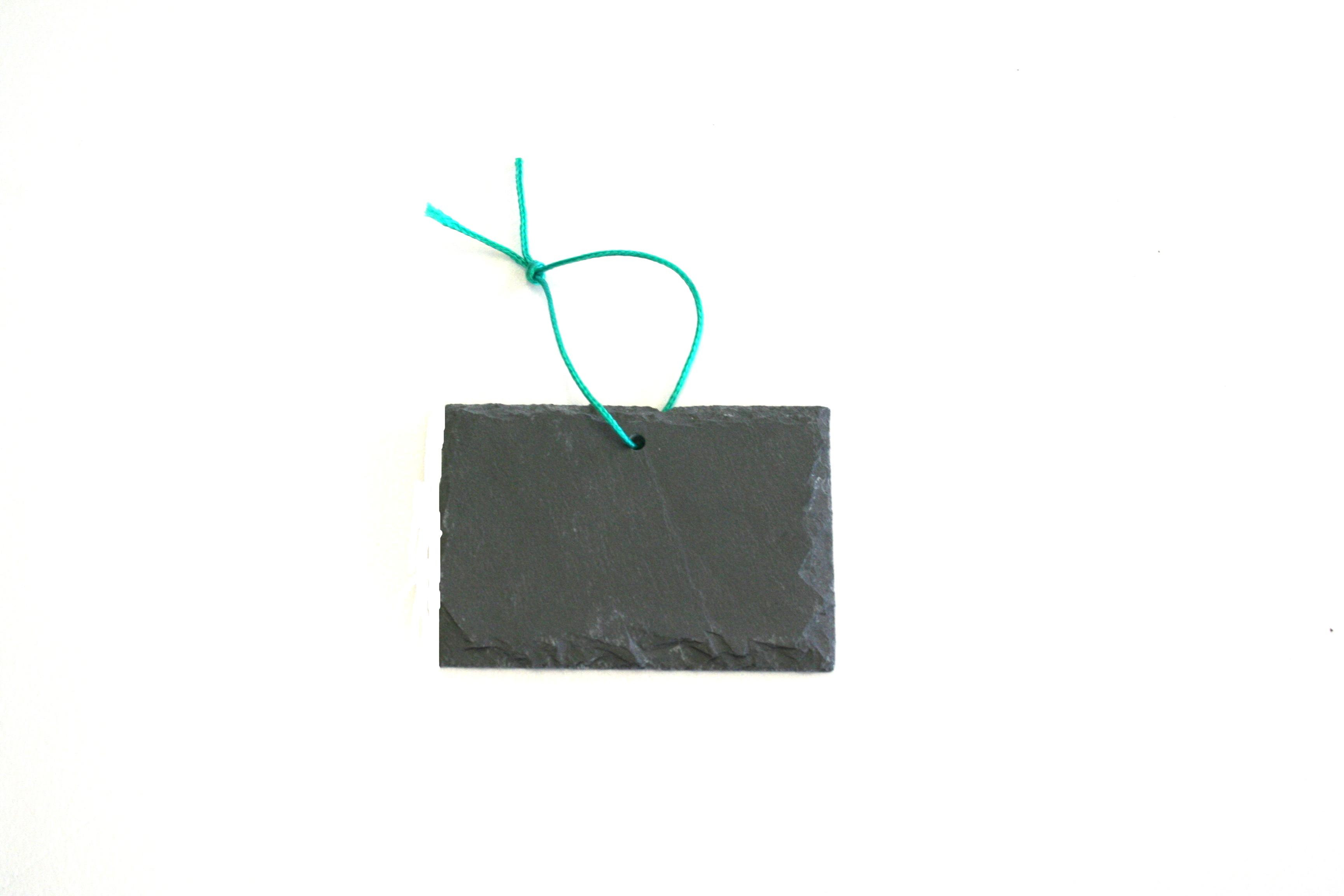 Primero Schieferschild, gelocht ca.10x7cm