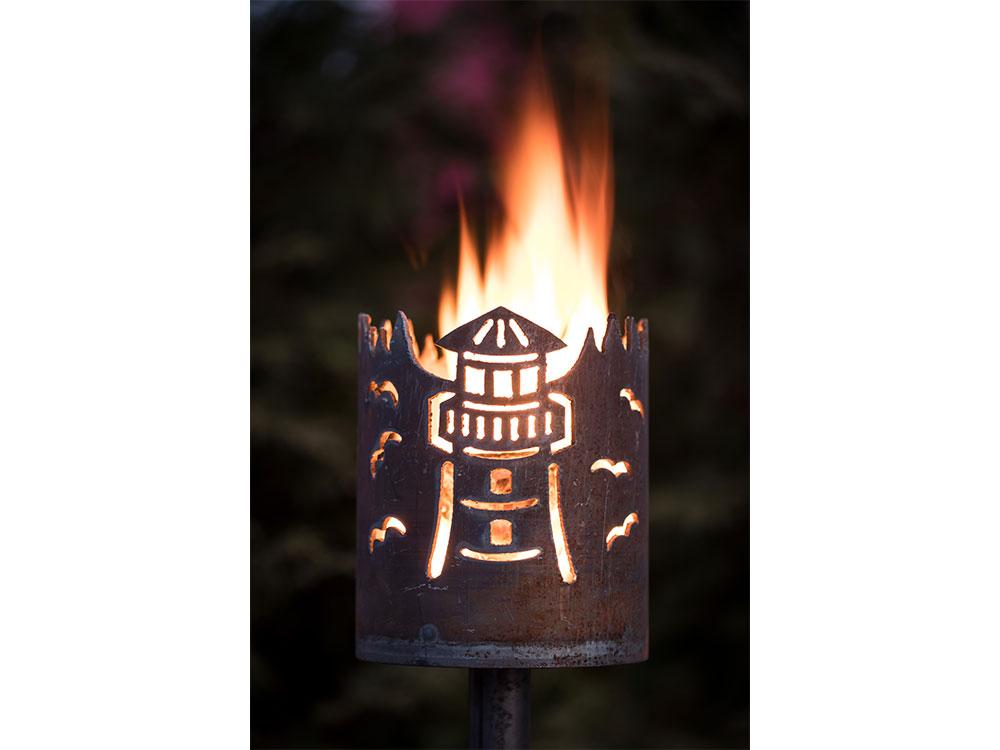 Gartenfackel Leuchtturm   - inkl. Fackelstiel 120 cm unangespitzt und 1 x Brennmaterial